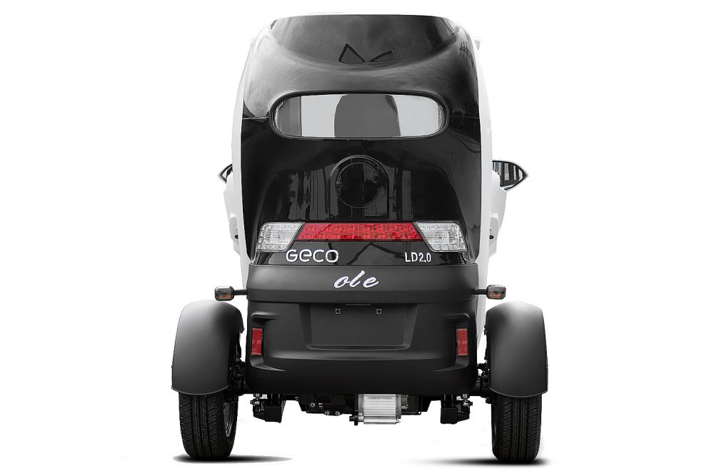 eec elektroauto geco ole 2000 inkl batterie 25km h. Black Bedroom Furniture Sets. Home Design Ideas